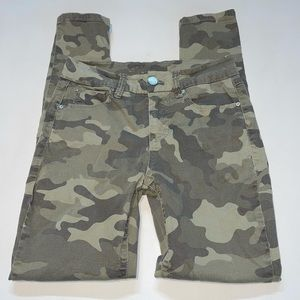 Seven7 - High Rise Skinny Camouflaged Jeans